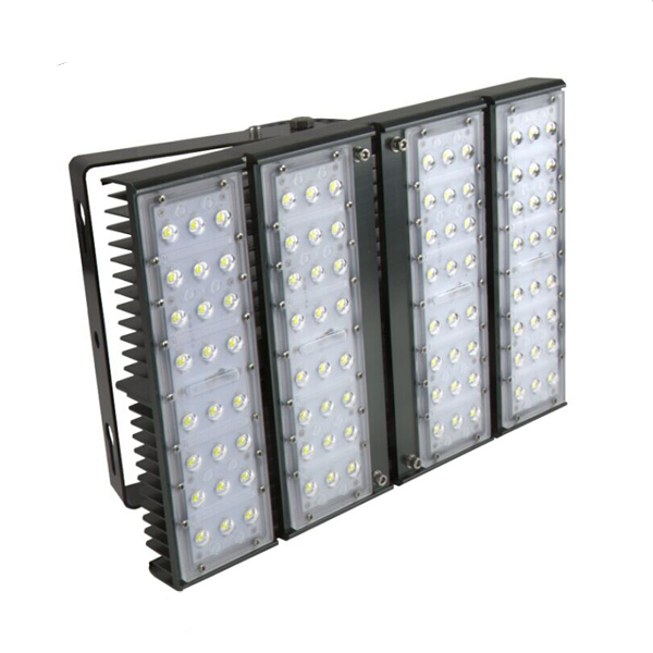 High Powered Industrial LED Flood Light 120W/16,400lm IP65 floodlight